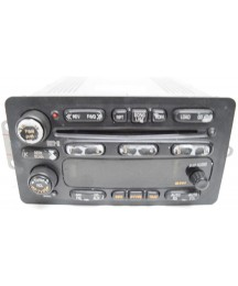 02 03 BUICK RENDEZVOUS RADIO 6 CD PLAYER SCRATCHED
